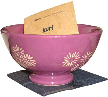 kuri (cup, coaster, wood box)